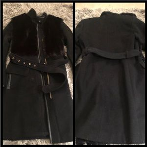 Coat with fur front